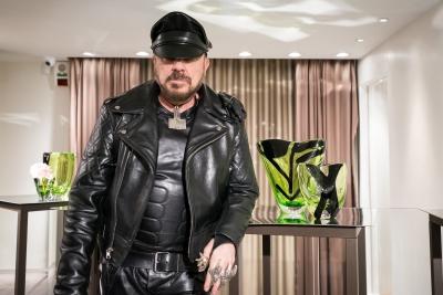 VENINI presenta la nuova collezione di Peter Marino